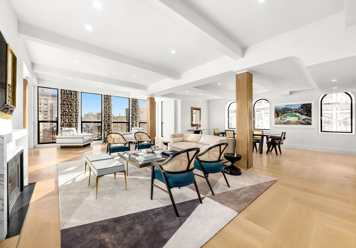 66 NINTH AVENUE | CONCIERGE LEVEL BOUTIQUE CONDO | 5,444SF FULL FLOOR 5 BEDROOM with PRIVATE TERRACE
